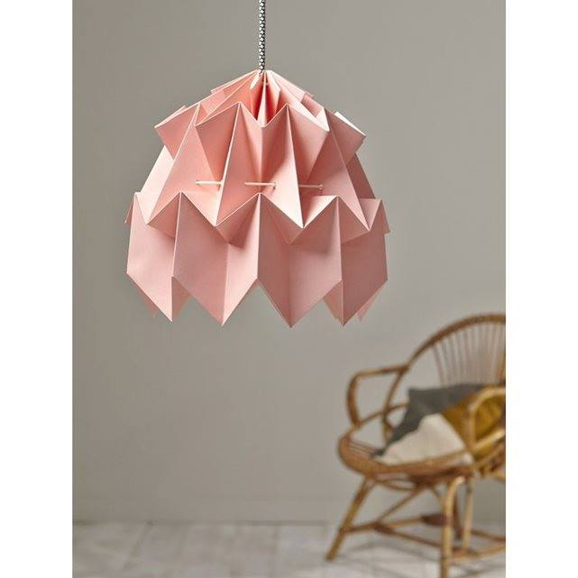 Suspension en papier façon origami Marque : CYRILLUS